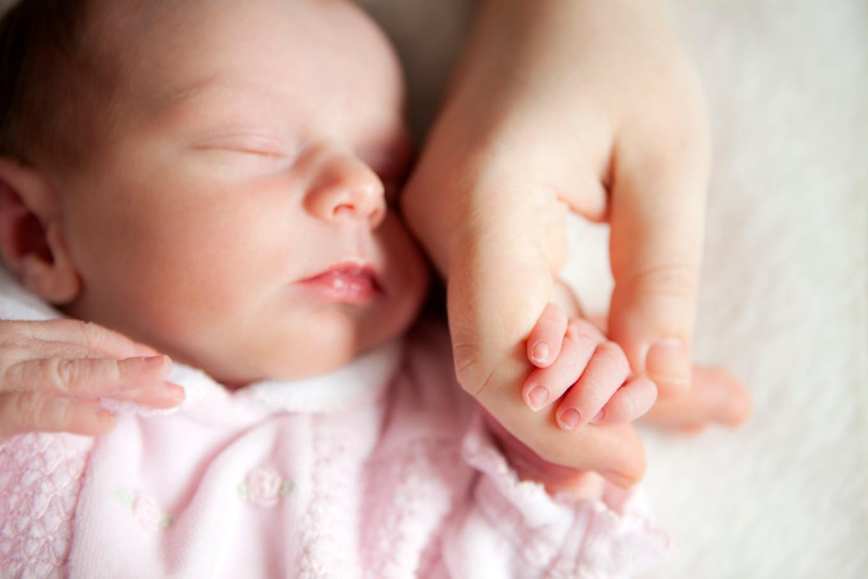o-mother-newborn-facebook